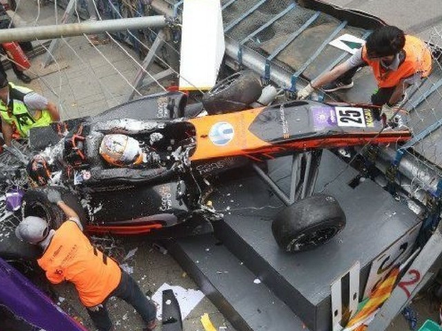 Formula 3 Macau Grand Prix crash: Watch video as two drivers are hospitalised
