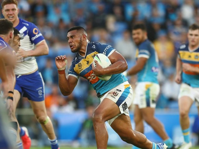 LIVE NRL: Titans stick with Fifita bench ploy as they face lowly Dogs