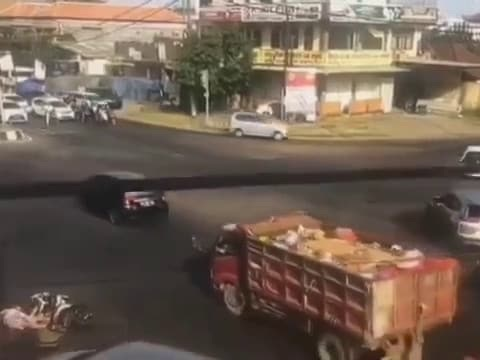 Horror Bali scooter crash caught on CCTV
