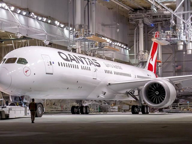 What we know about Qantas' 19.5 hour non-stop flight