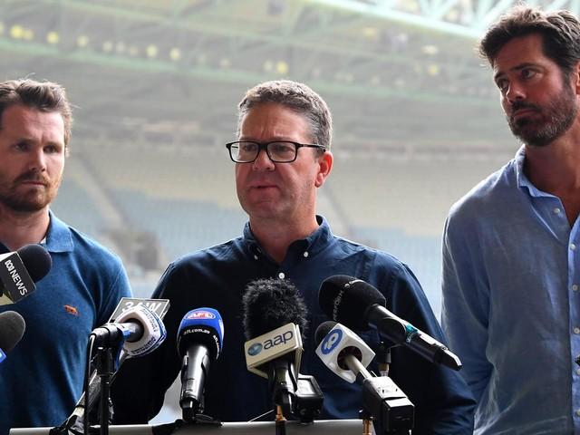 Longer season, revised quarter-length 'part of the conversation' for 2021 AFL season
