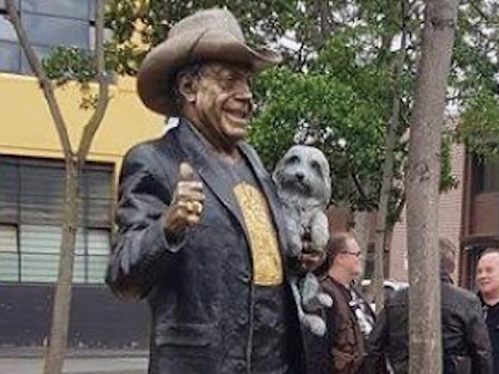 Melbourne Is Now The Proud Home Of A Huge New Molly Meldrum Statue
