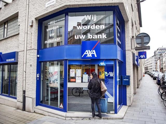 Het is oorlog tussen vakbonden en werkgevers in banksector
