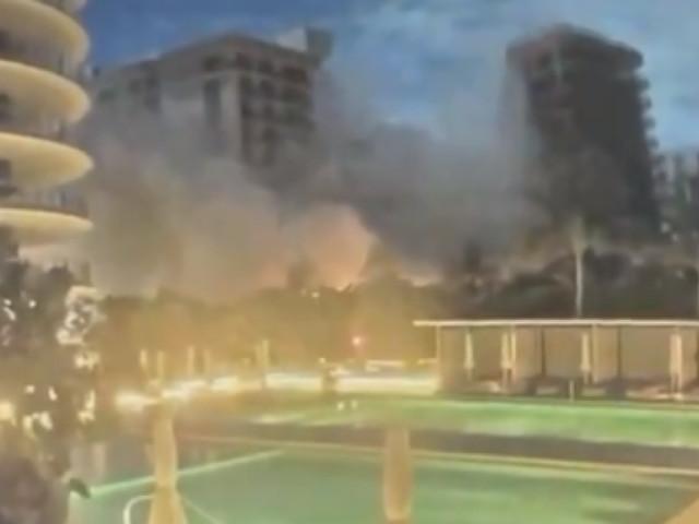 Effondrement d'un immeuble à Miami Beach: les autorités sans nouvelles de 99 personnes, une caméra de surveillance a filmé le moment du drame (vidéos)