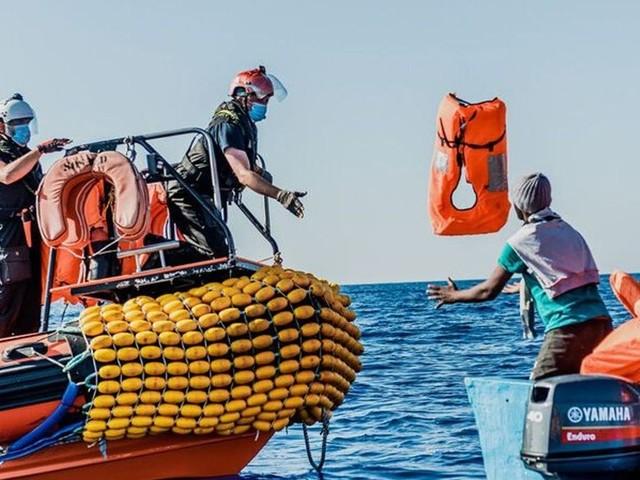 Méditerranée: un bateau fait naufrage au large de la Libye avec 130 migrants à bord