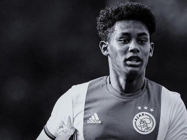 Drame à l'Ajax Amsterdam: le jeune talent de 16 ans Noah Gesser meurt dans un accident de voiture