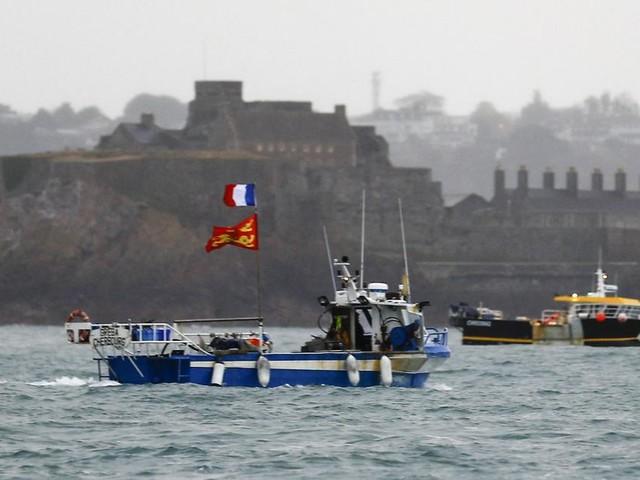 Brexit: Paris appelle Londres à revenir sur les restrictions imposées aux pêcheurs français