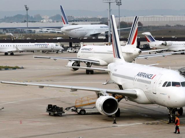 Transport aérien : l'appel de 105 députés pour garantir les avoirs des passagers