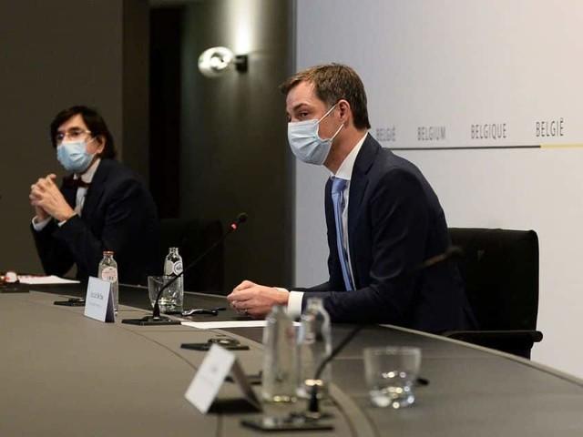 """Certaines mesures """"quasiment adoptées la semaine dernière"""", un désaccord entre experts et politiques: suivez les dernières informations sur le Comité de concertation"""