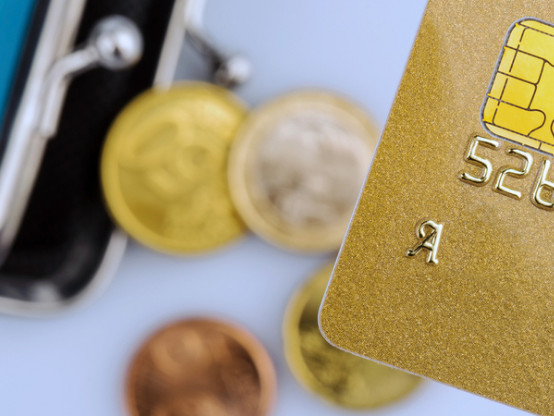 Frais bancaires : la CLCV encourage les consommateurs à faire jouer la concurrence