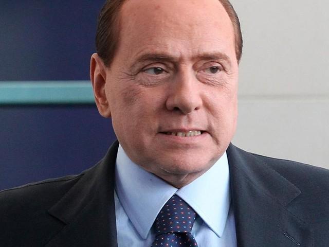 Silvio Berlusconi refuse une expertise psychiatrique dans un procès: «L'hypothèse de me soumettre à cela démontre un évident préjugé à mon égard»