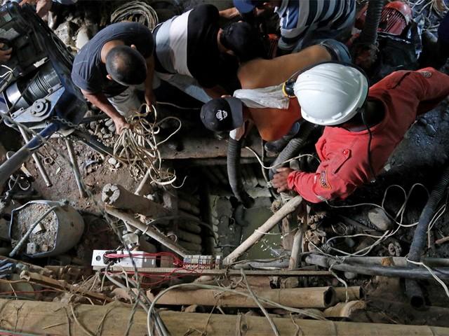 Elf geblokkeerde mijnwerkers na bijna een maand dood teruggevonden in Colombia
