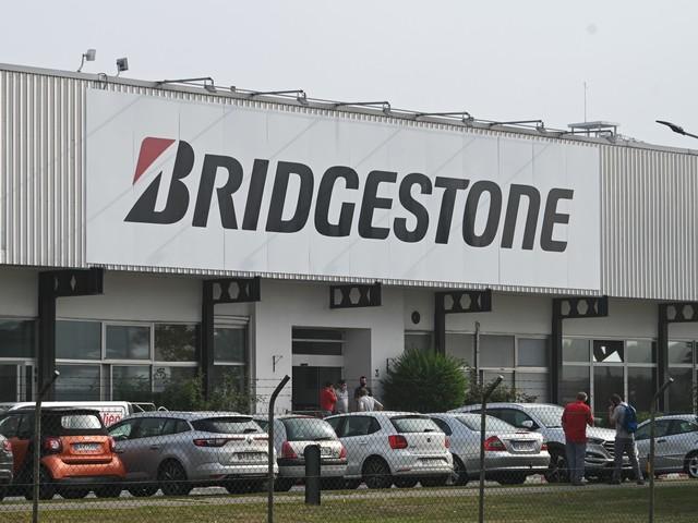 Les infos de 5h - Fermeture de Bridgestone à Bethune : la détresse des salariés