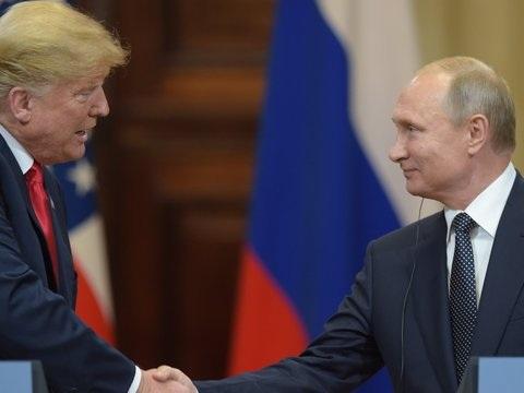 Trump 'versprak' zich over Russische inmenging