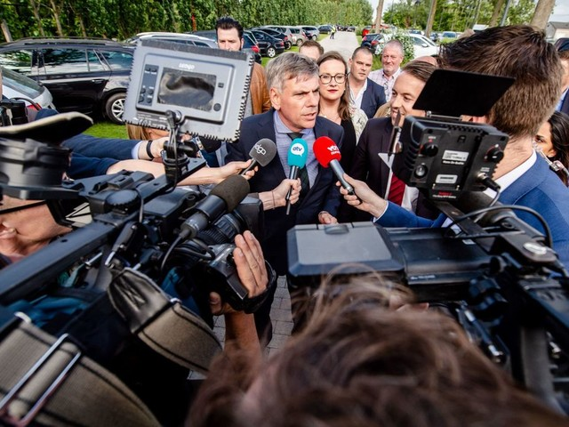 Le cordon sanitaire qui exclut toute alliance avec le Vlaams Belang va-t-il sauter?