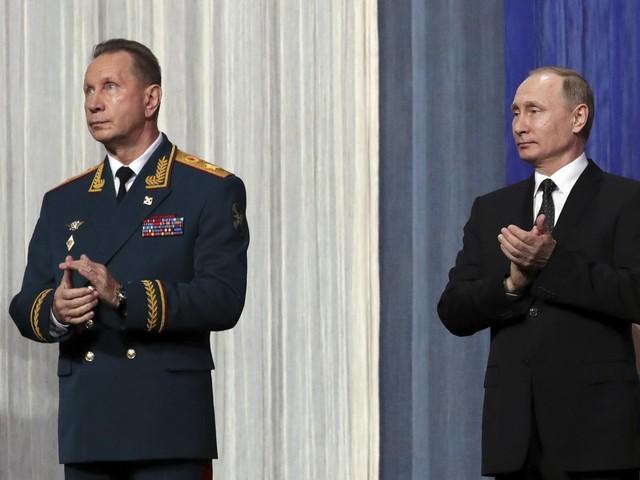 EU-sancties tegen man die over Poetins veiligheid waakt