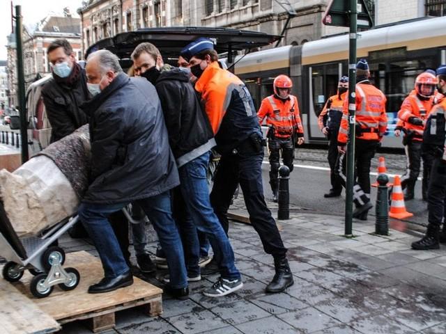 En déplacement à Bruxelles, des policiers italiens tombent par hasard sur une statue volée à Rome en 2011