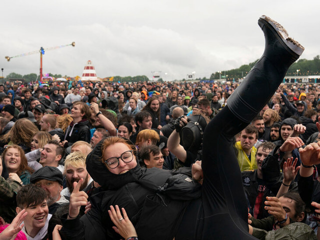 Moshing in the Rain: The Tenuous Return of the British Music Festival