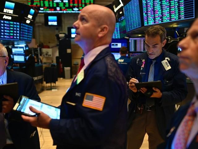Les Bourses ralentissent, mais grimpent encore
