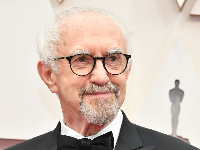 """The Crown"" : Jonathan Pryce (""Game of Thrones"") incarnera le prince Philip"