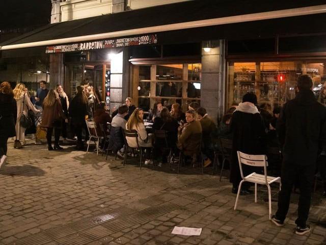 """De nombreux restaurateurs à Bruxelles rouvriront eux aussi quoi qu'il arrive leurs terrasses le 1er mai : """"on ne se cachera pas"""" (Mise à jour)"""