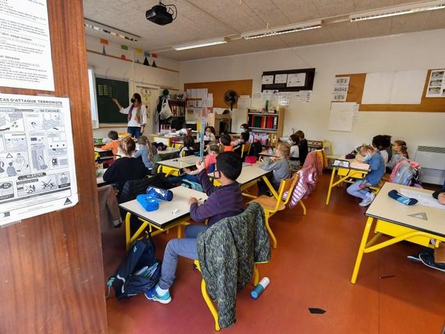 France: l'Education nationale interdit l'utilisation de l'écriture inclusive