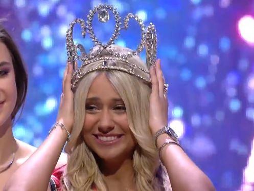 Celine Van Ouytsel is Miss België 2020