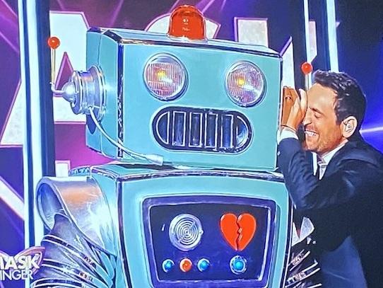 Audiences TV prime 17 octobre : « Mask Singer » faible leader devant « Commissaire Magellan »