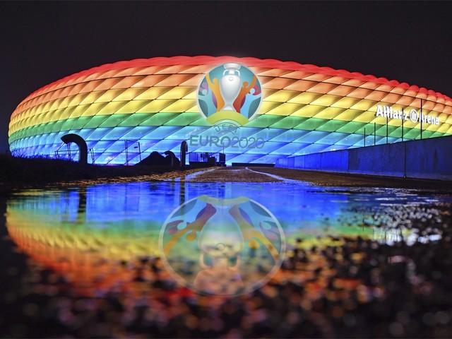 Podcasttips   De zoektocht naar een homoseksuele voetballer en de 'dood' van een bitcoinhandelaar