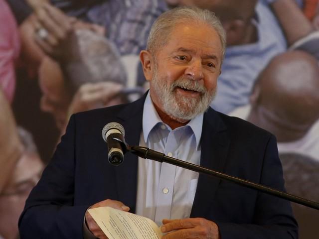 Brésil : un sondage donne Lula victorieux face à Bolsonaro à la présidentielle 2022