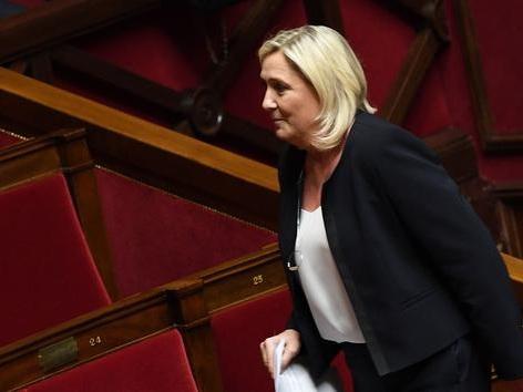 Voile: Marine Le Pen regrette «l'interpellation rugueuse et certainement maladroite» de Julien Odoul