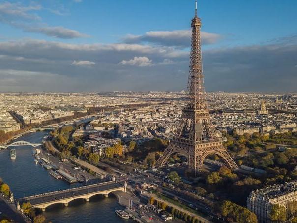 Paris intègre le trio des villes les plus chères du monde