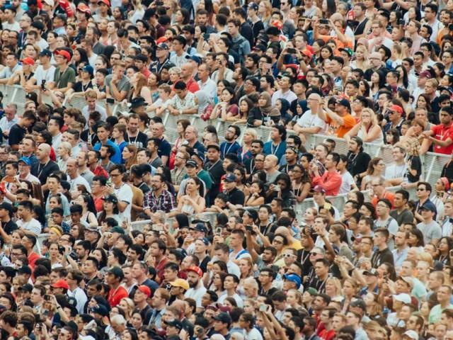 Comment éviter de mourir dans un mouvement de foule