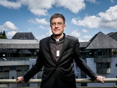 MgrÉric de Moulins-Beaufort: «L'épidémie est un signal»