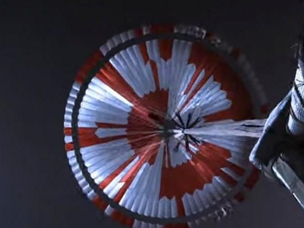 Espace : Il y a un message codé dans le parachute de Perseverance