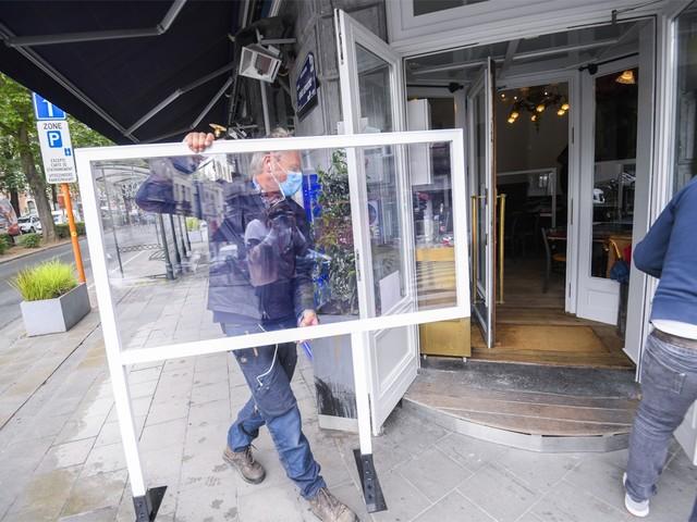 Burgemeesters ontevreden over verbod plexiglas: 'Dit is niet ernstig'