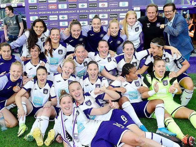 Champions League féminine: l'histoire mauve se conjugue au féminin!