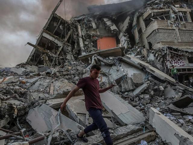 Conflit israélo-palestinien: tirs de trois roquettes du sud du Liban vers Israël, le bilan dépasse les 100 morts à Gaza