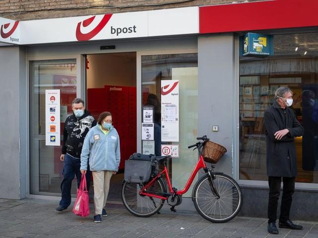 Bpost: davantage de services et de numérique dans les guichets