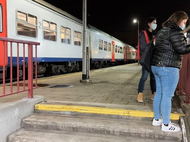 """PVDA Tongeren voert actie in station: """"Openingsuren van loketten zijn onaanvaardbaar"""""""