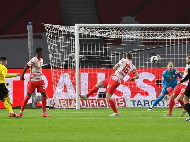 Coupe d'Allemagne: Dortmund écrase le RB Leipzig 4-1 en finale