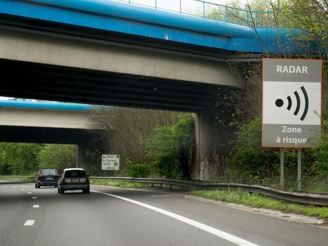 Attention à votre vitesse sur les autoroutes: ces radars-tronçons vont flasher 24h/24, 7 jours sur 7 et sans marge de tolérance (Mise à jour)
