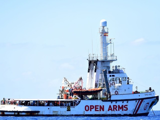 Un procureur italien ordonne la saisie de l'Open Arms et le débarquement de ses passagers