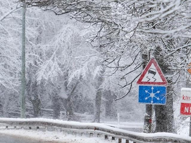 L'IRM place trois provinces wallonnes en alerte orange: voici où et quand tombera la neige ce week-end