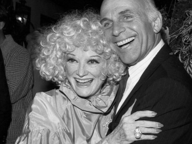Gavin MacLeod, 'Mary Tyler Moore' and 'Love Boat' Actor, Dies at 90