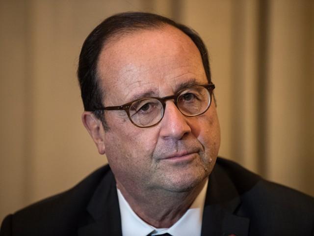"""Enseignant décapité : face """"à la barbarie"""", François Hollande appelle à """"l'unité"""""""