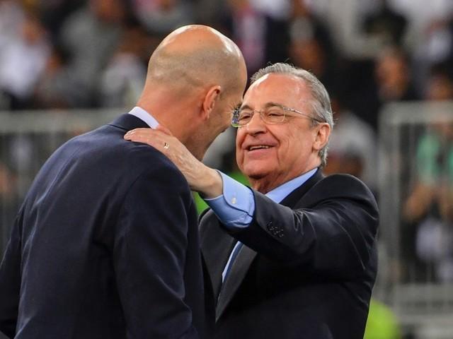 """C1: les grands clubs dynamitent le foot européen avec une """"Super League"""""""