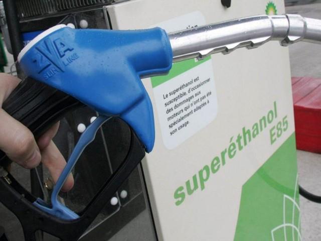 Mauvaise nouvelle pour les automobilistes: le superéthanol sera plus cher que l'essence chez nous… à cause des taxes belges!