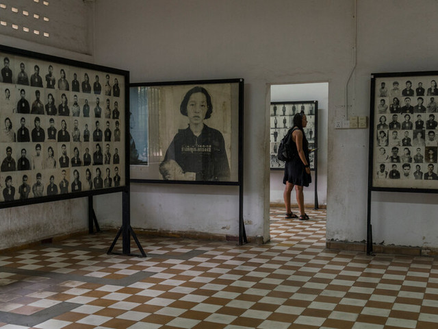 Cambodians Demand Apology for Khmer Rouge Images with Smiling Faces
