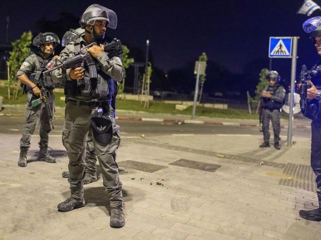Conflit israélo-palestinien: un homme ouvre le feu sur des Juifs à Lod